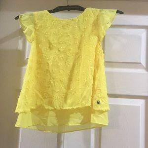 Beautiful girls yellow Tommy Hilfiger flowy top!